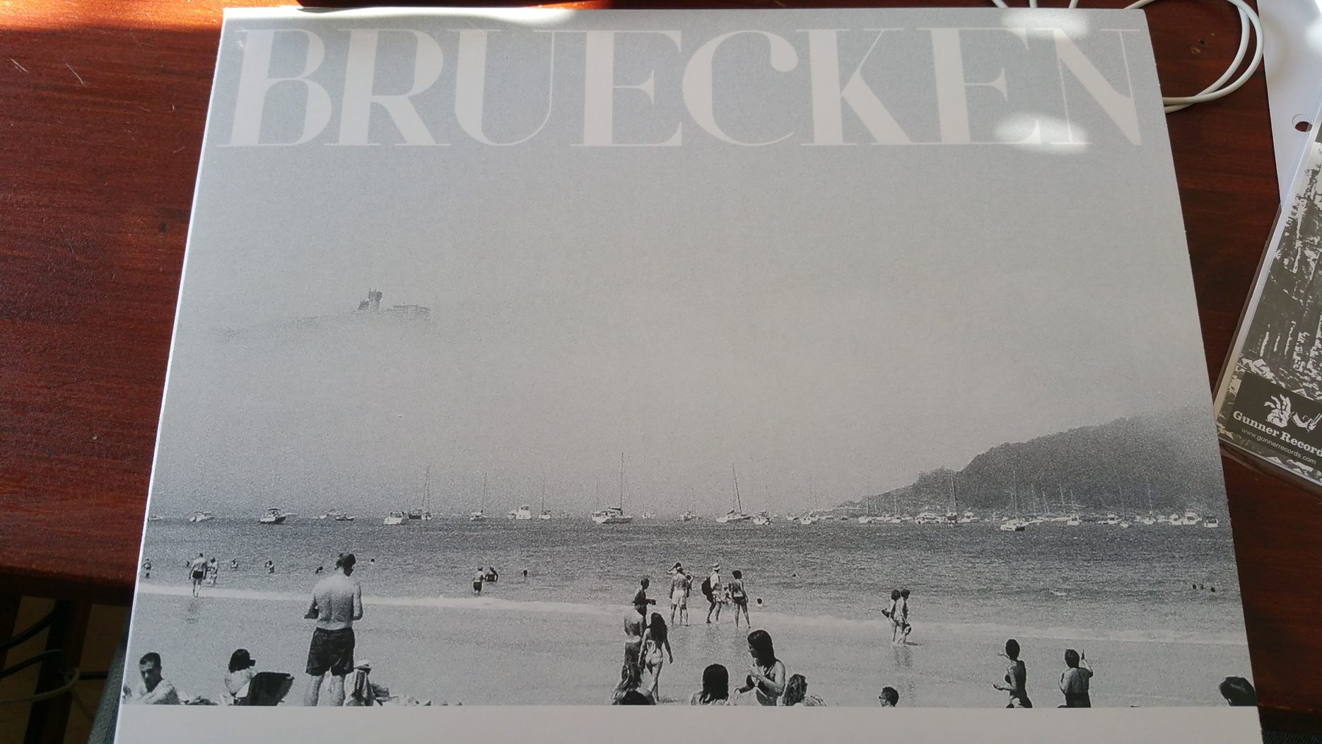 review: BRUECKEN – schall und raum LP