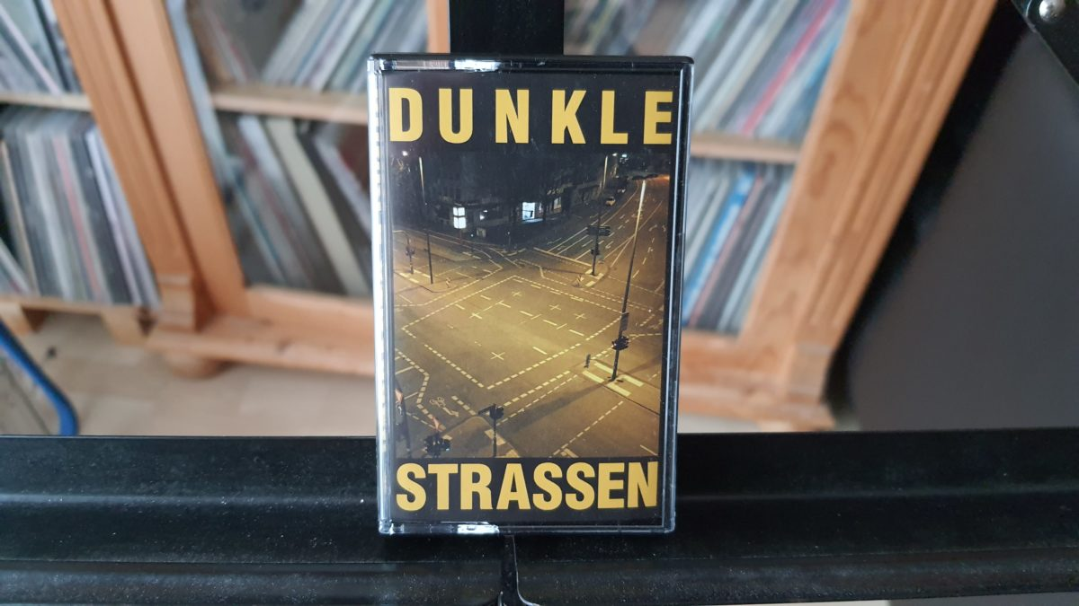 review: DUNKLE STRASSEN – s/t MC